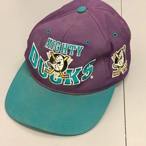 Anaheim Mighty Ducks NHL 90's GCC Snapback Cap Hat